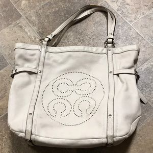Coach purse leather off white opp art